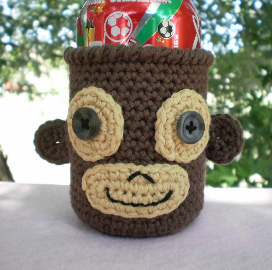Free Crochet Pattern 80309AD Can Cozy : Lion Brand Yarn Company