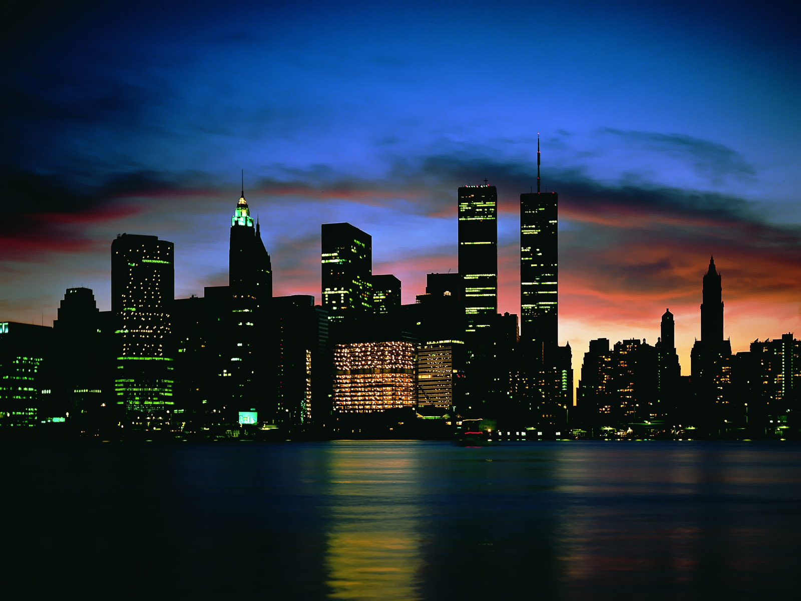 http://1.bp.blogspot.com/_dzEpMszKD6Y/TSIP-Byo_xI/AAAAAAAABOQ/e3jJbHh0S-c/s1600/City+Night+Scenes+Wallpapers+13.jpg