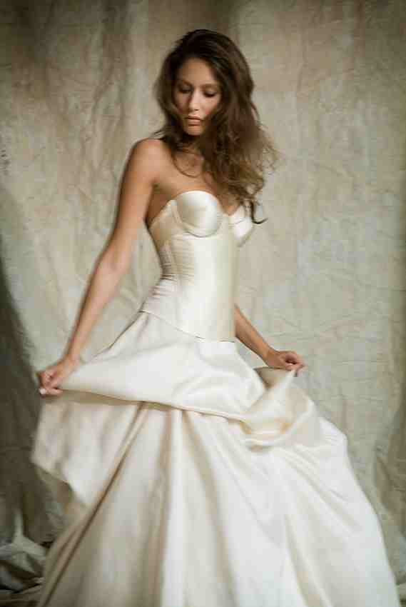 Wedding dress lingerie | Atelier Airatu