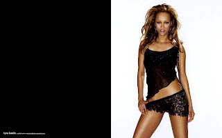 1920x1200 tyra banks widescreen desktop wallpaper