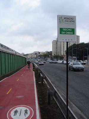 http://1.bp.blogspot.com/_e-9Djp-Y6Xw/SOJqVnhKZTI/AAAAAAAAAZM/ELeX4mJ5-tg/s400/inaugura_ciclovia_radial_leste+047.jpg