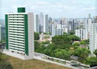 O prédio e o jardim de Benguela