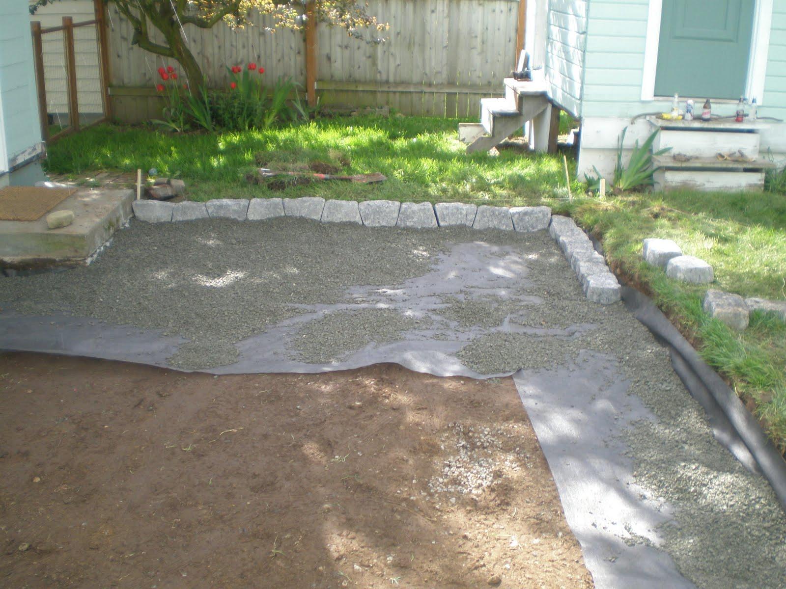 1032 backyard patio gravel for Backyard