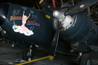 2008-07-09_16_US101_Tillamook Air Museum_OR_b.jpg