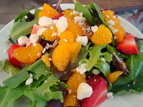 ... , Chicago?: Strawberry, Mandarin Orange & Avocado Mixed Green Salad