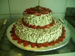 torta de morango 2 andares