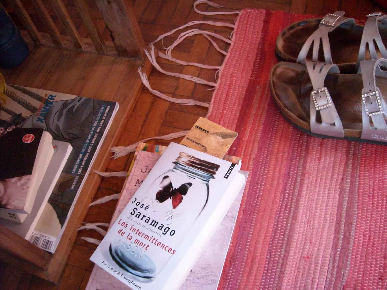 Carnet de loooong s jour voyage autour de ma chambre for Autour de ma chambre