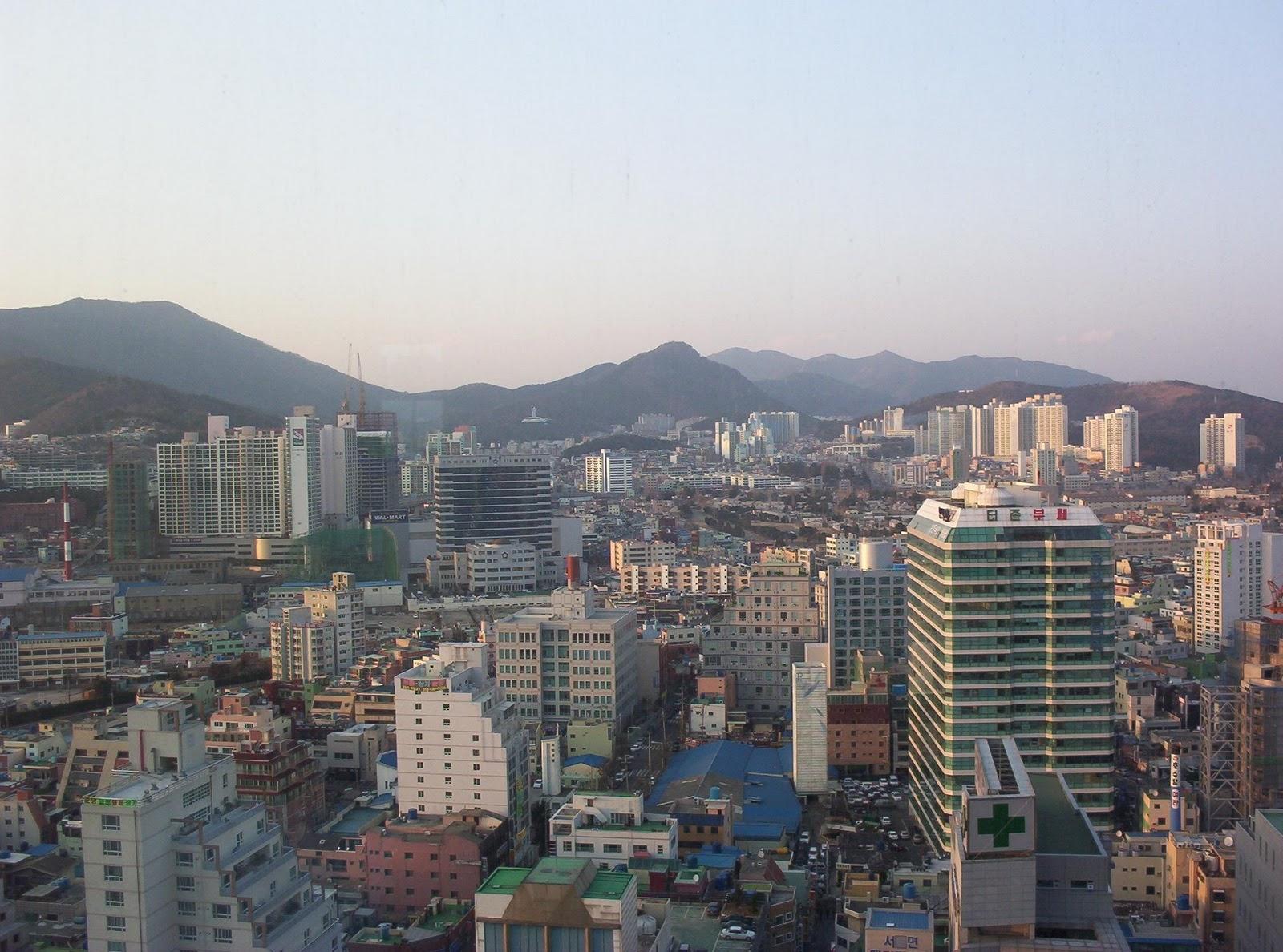 http://1.bp.blogspot.com/_e45GK4i1E8M/TRjbxEJNguI/AAAAAAAACrY/sFItmBPyEQg/s1600/South-Korea-Pusan.jpg