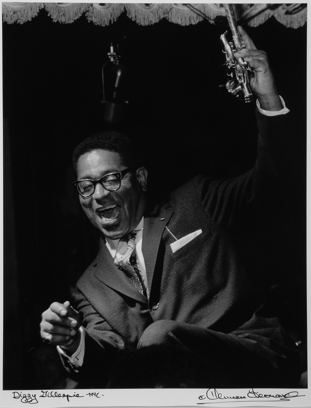 a biography of fats navarro an american jazz trumpet player John birks dizzy gillespie was an african american jazz trumpet player,  that  his contemporaries ended up copying miles davis and fats navarro instead.