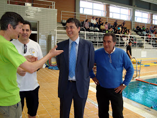 El club waterpolo motril sigue l der tras las dos primeras for Piscina municipal motril