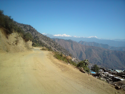 The entire Himalayan peaks visible from Kemundakhal - Enroute to Badrinath