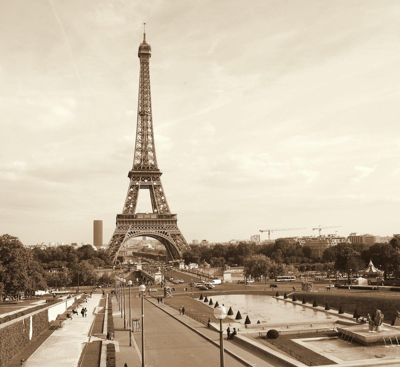 Chuck Kuhn 39 S Paris In Photos Eiffel Tower Facts