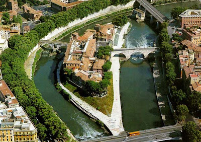 Venerating Antiquity: Rome - Tiber Island &amp; the Temple of Aesculapius