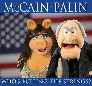 Miss Piggy and Grump Old Man Muppet as Palin and McCain 2008