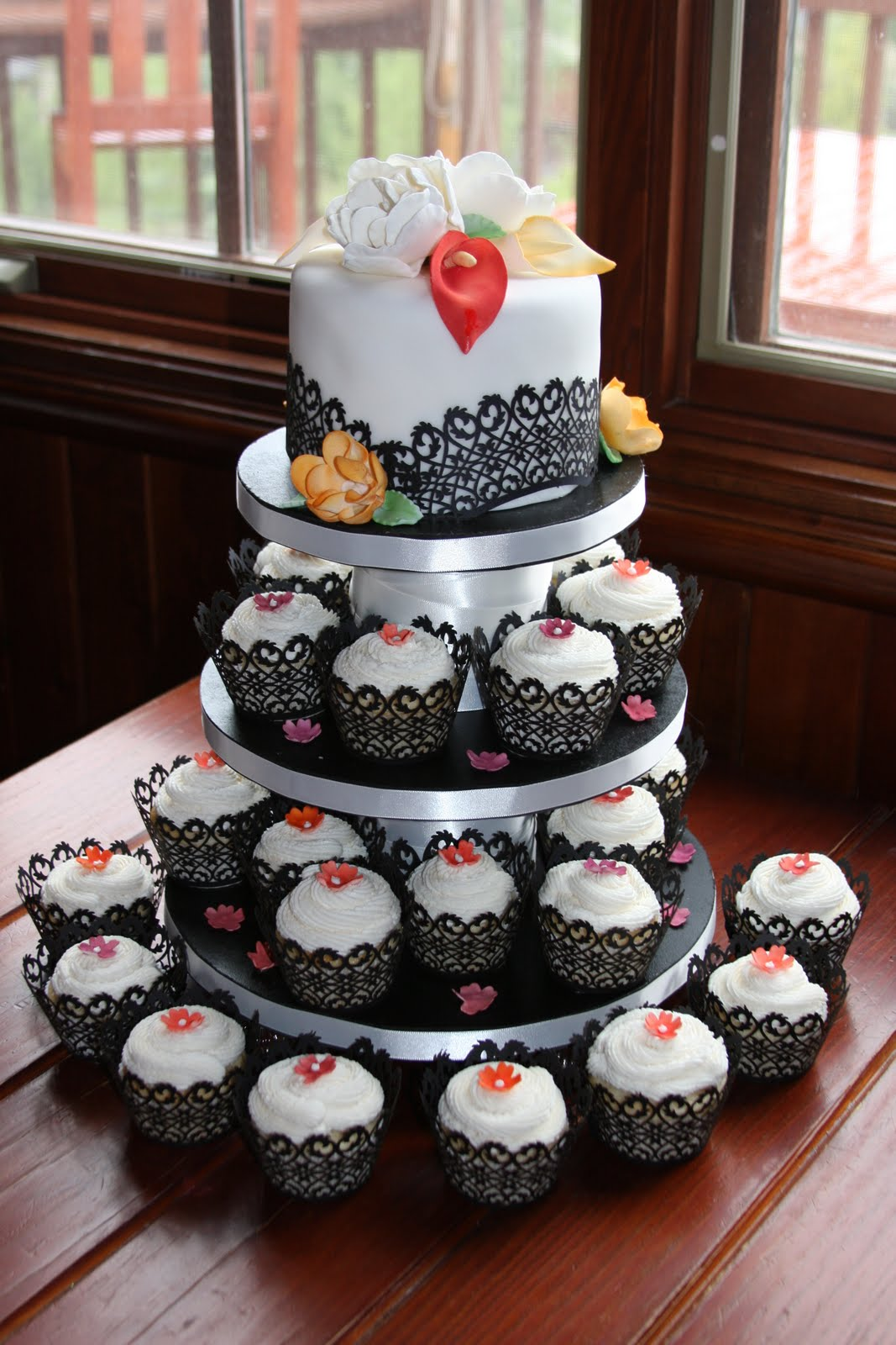 layer a cake shop cupcake wedding cake. Black Bedroom Furniture Sets. Home Design Ideas