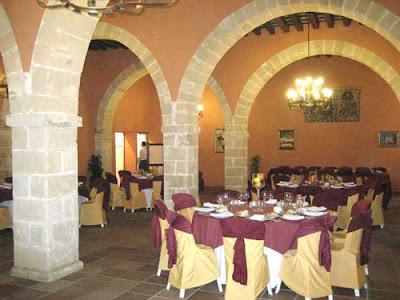 Arte y decoraci n columnas imitacion a piedra - Decoracion imitacion piedra ...