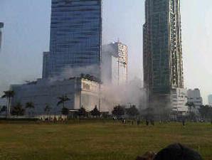 Bom Bunuh Diri di Marriott dan Ritz Carlton