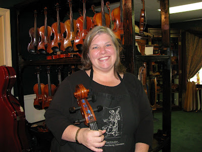 Cellist Anna Huthmaker of Huthmaker Violin. I was in the Atlanta, Georgia, ...