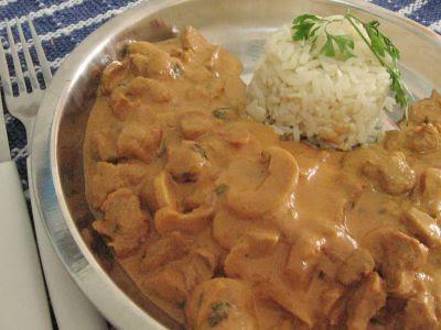http://1.bp.blogspot.com/_e8smEMTXi4s/SM5yxaxfy7I/AAAAAAAAAt4/Hpl9WjV3gt4/s400/normal_strogonoff_vegetariano.jpg