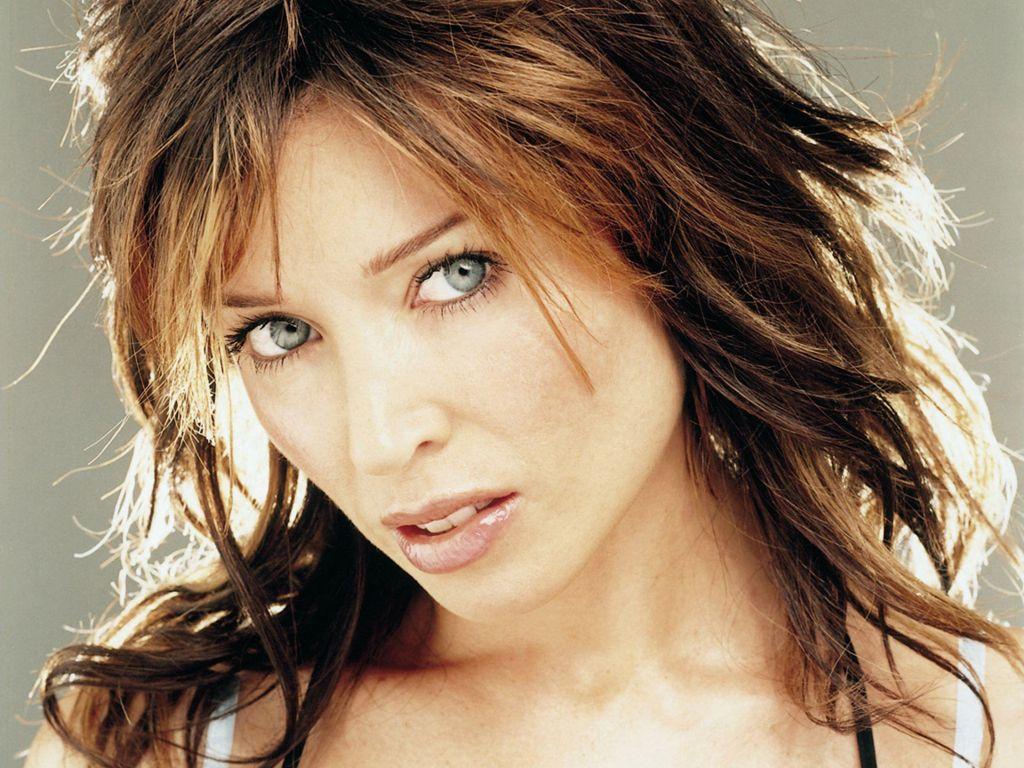 http://1.bp.blogspot.com/_e9BPRBopaj0/TPPmk5hq5aI/AAAAAAAABag/CM8Cw1bB-0Q/s1600/0Dannii-Minogue-25.JPG