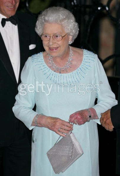 queen elizabeth ii wedding gown. HM Queen Elizabeth II: King
