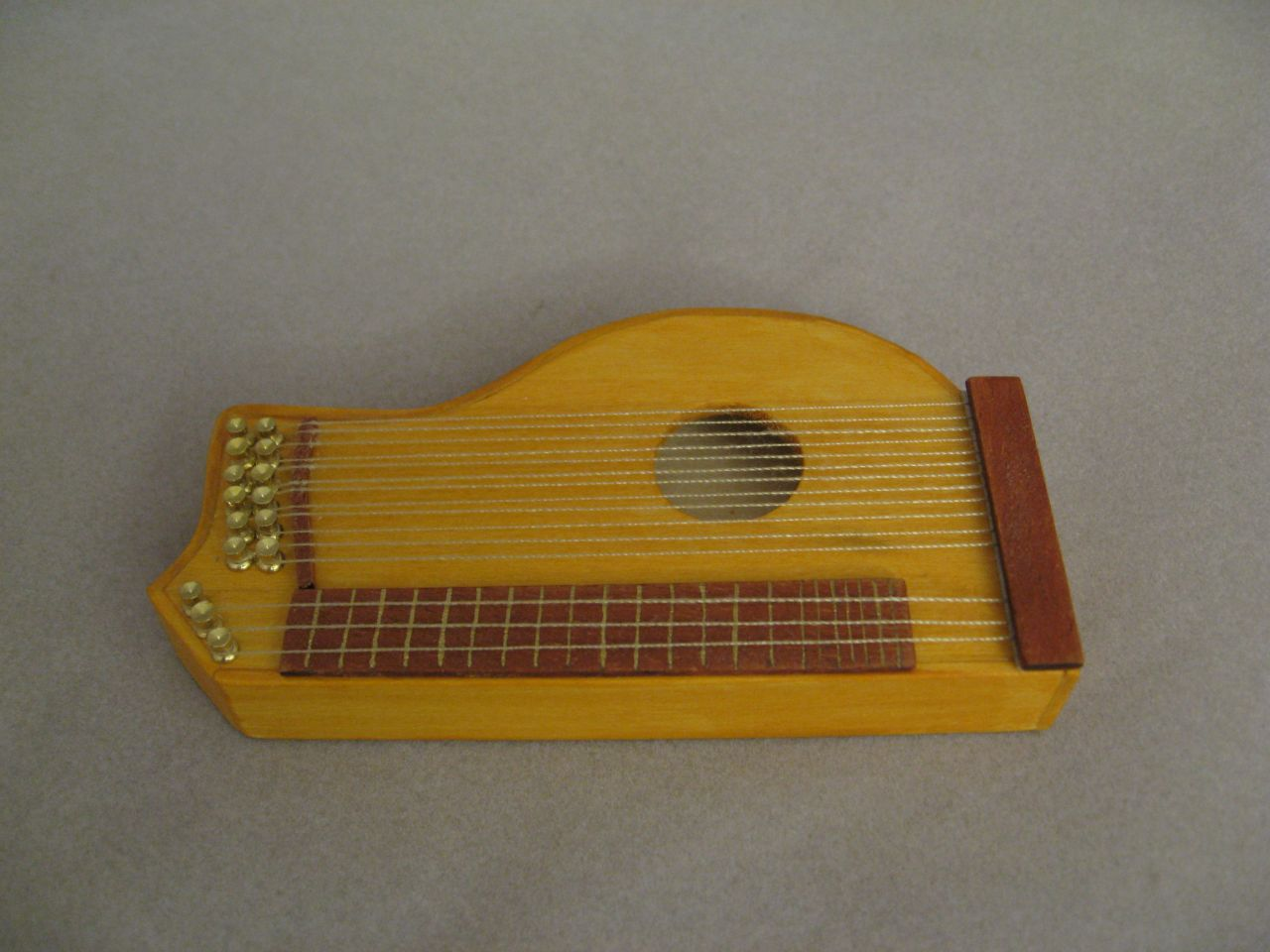 Displaying 14> Images For - Zither...