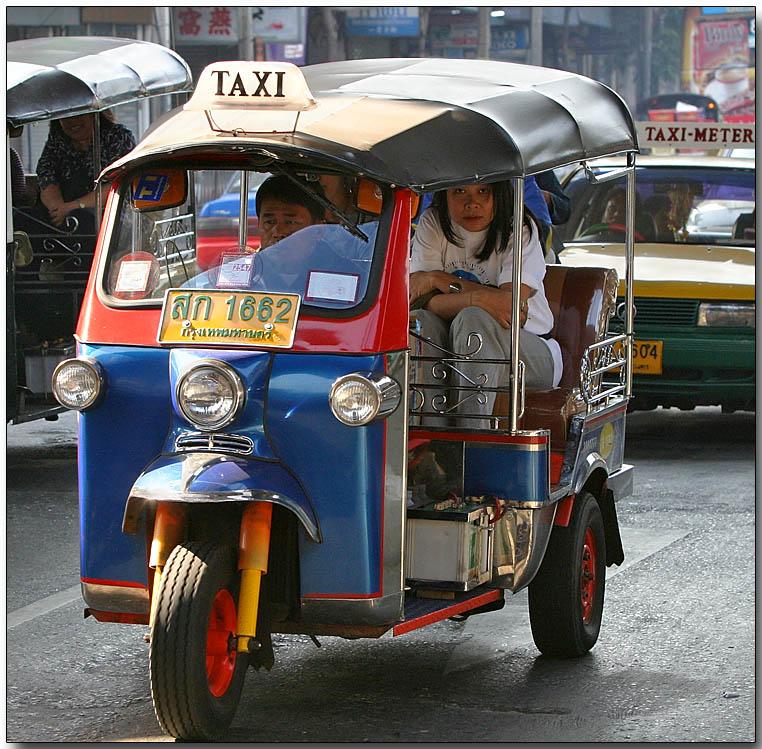 thailand travel blog tuk tuks in bangkok. Black Bedroom Furniture Sets. Home Design Ideas