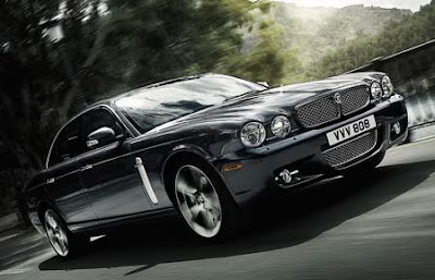 the 2009 Jaguar XJ