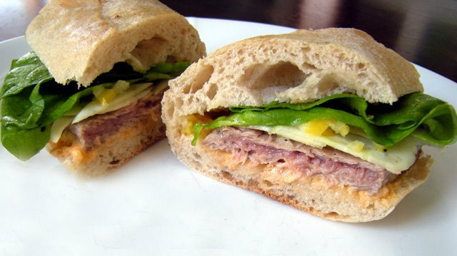 Crafty Lass: Seared Tuna Sandwiches