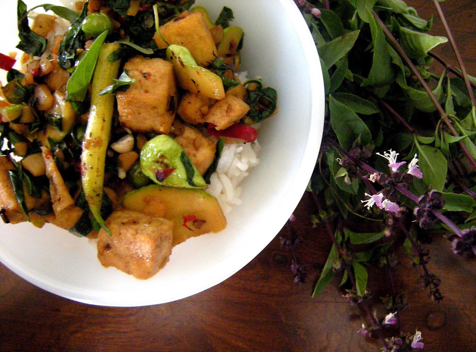 basil stir fry put n 37 izak sweet chiles thai thai basil stir fry ...