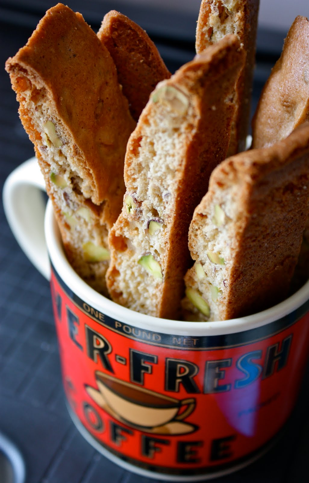 Living Eventfully: pistachio honey biscotti