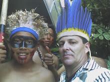 jovens Indios da tribo Icatú.