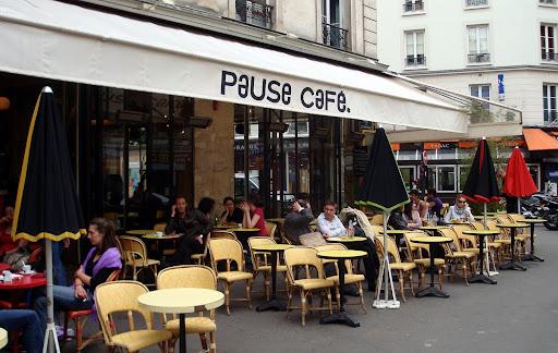 Pause Cafe Paris Chandelier
