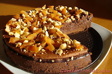 Mousse cake cioccolato, nocciole ed albicocche