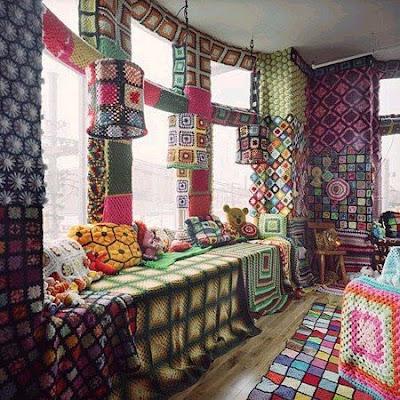 Вязаная комната. вязаный мир мода, деревья, шахматы