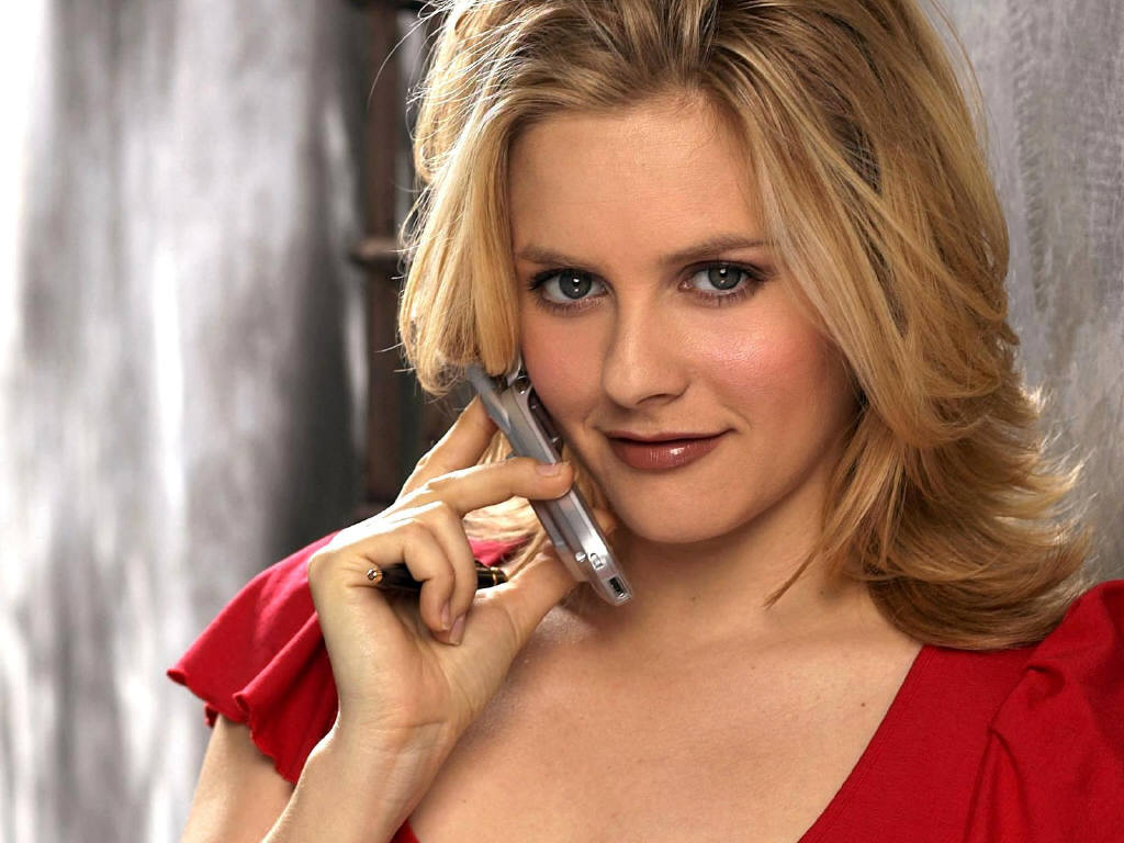 Alicia Silverstone Is An American Actress