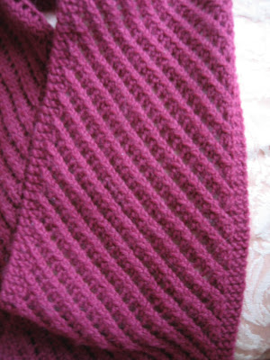 Diagonal Knit Scarf Pattern : Knitting By The Ocean: Diagonal Lace Scarf and More