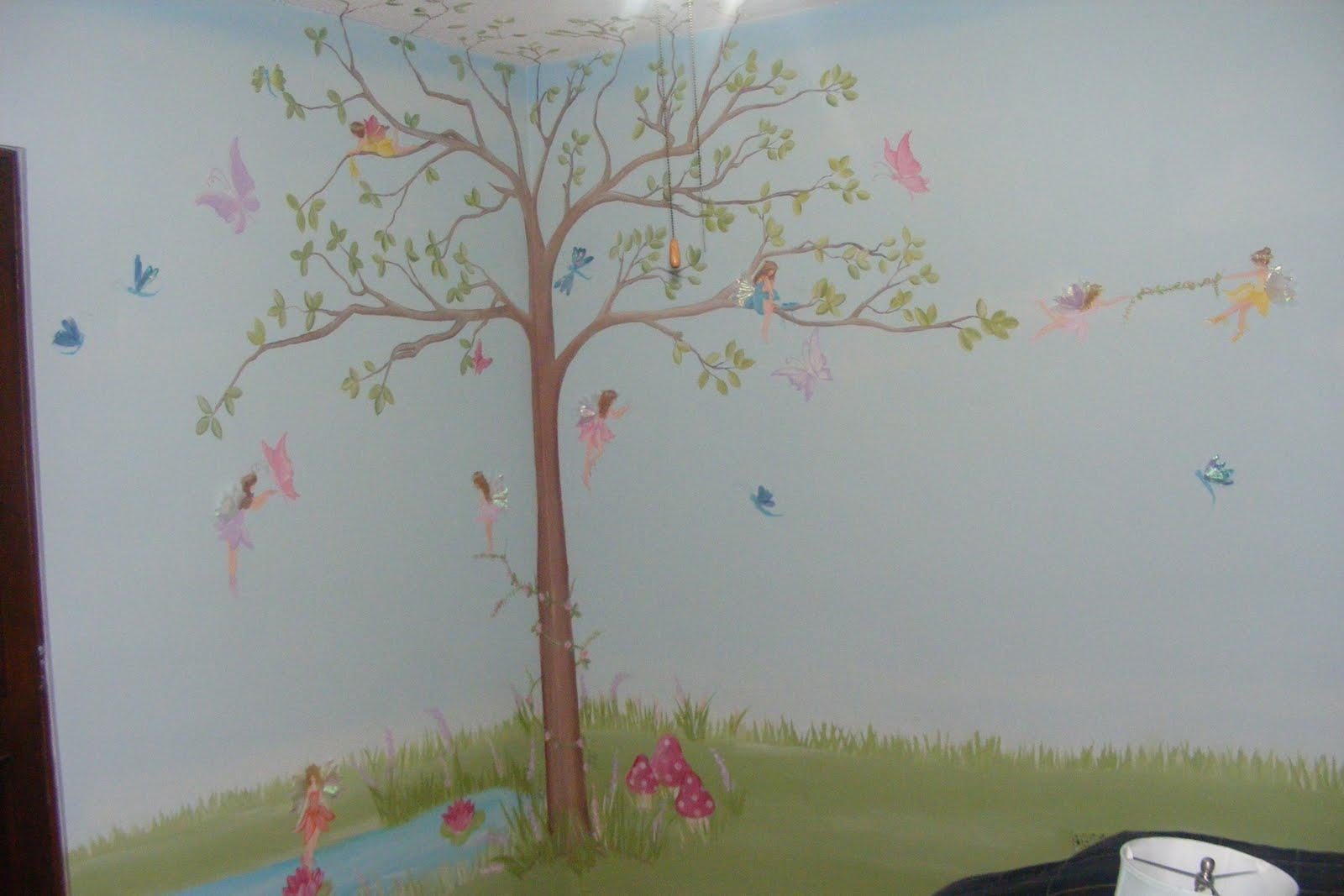 Murales infantiles haditas en el bosque for Murales infantiles nina