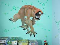 ציורי קיר - כלב פרא, דמות של בן 10