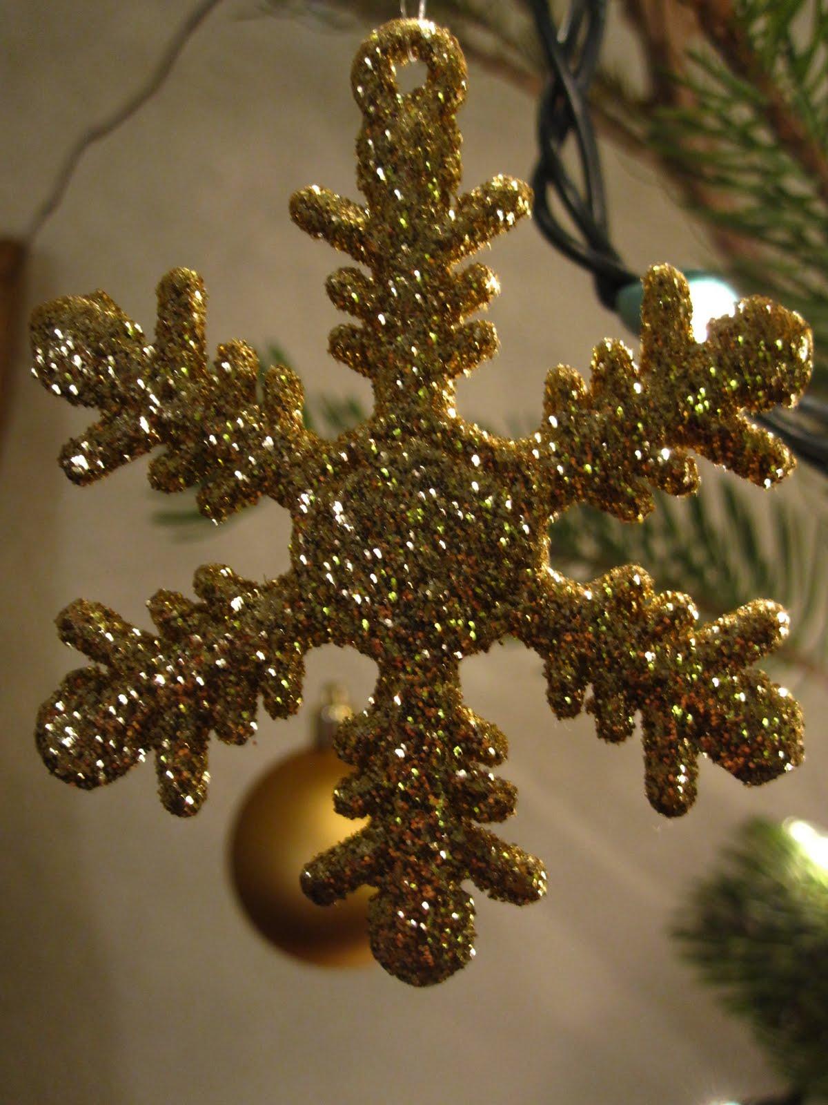 Anna patricia designs tall christmas centerpiece