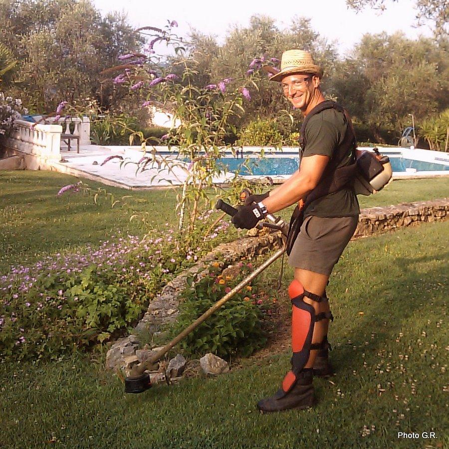 Jardins cosmopolites gabriel le jardinier for Recherche jardinier