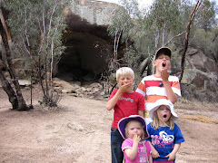 Hippo's Yawn Cave - Wave Rock