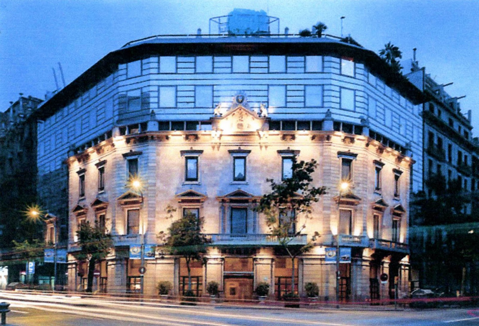 Hotelsforsaleinspain 5 star luxury hotel for sale in for Hotel bcn barcelona