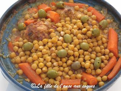 La fille de l 39 anse aux coques tajine de poulet aux olives - Plat tajine terre cuite ...