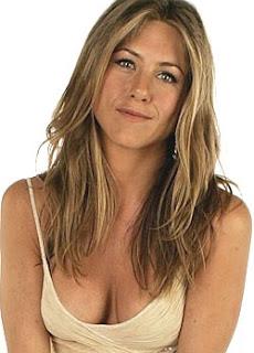 Jennifer Aniston is falling in love again