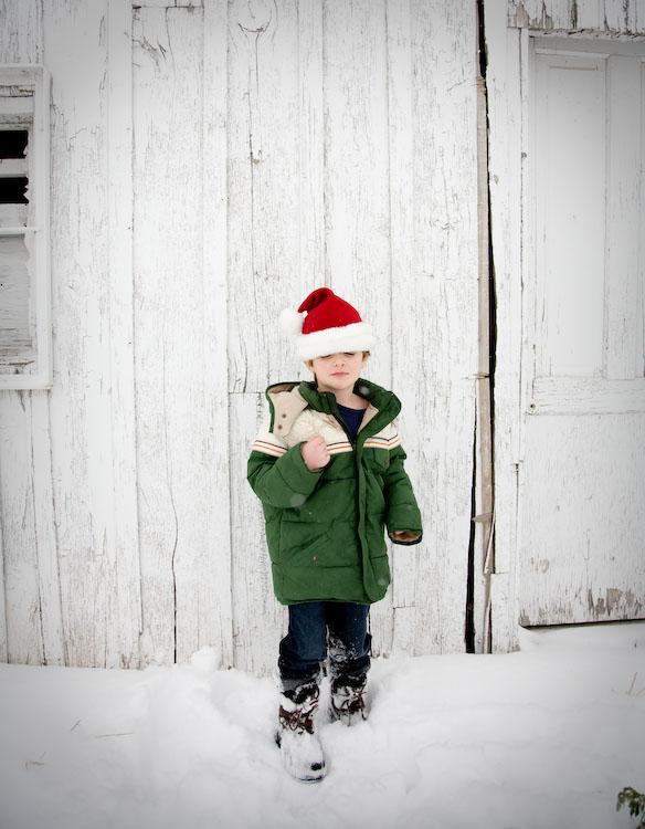 [eli+in+santa+hat.08]