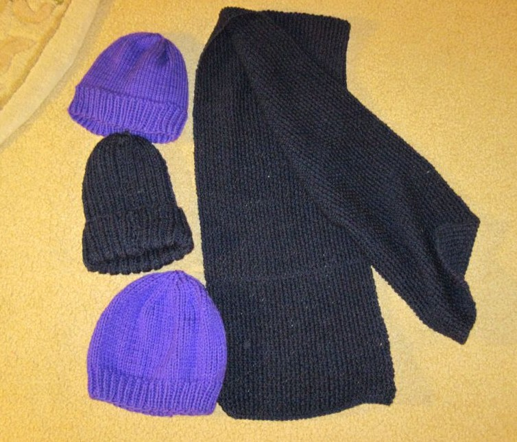 Knitting Scarves For The Homeless : Bridge and beyond knitted help from new jersey for ohio s