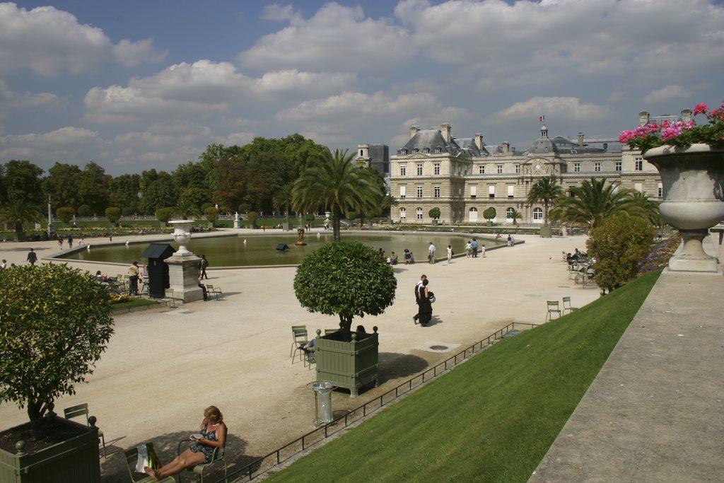 Po me d 39 annick bordes jardin du luxembourg for Le jardin luxembourg