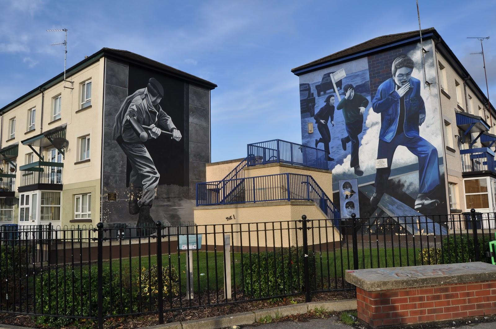 London derry irlande du nord walls of derry for Mural irlande