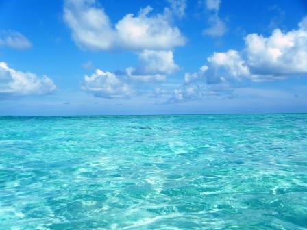 Islas Maldivas, disfrutando de las turquesas aguas del Indico